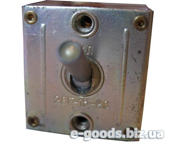 Перемикач перекидний двополюсний 2ВГ-15-2С