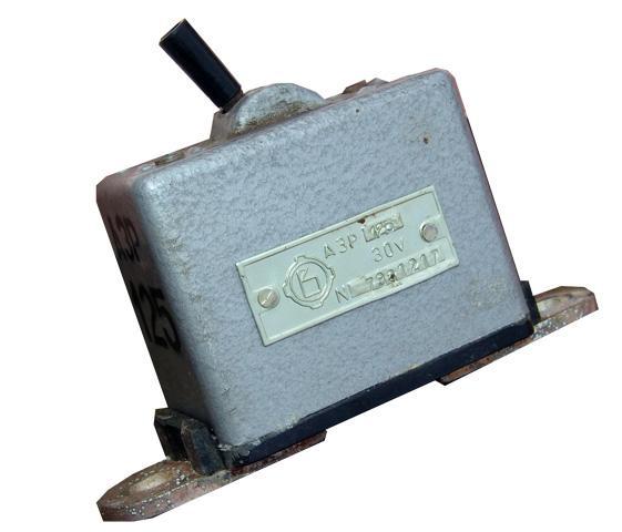 Перемикач АЗР 125А 30В